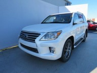 AM SELLING LEXUS LX 570 CHEAP