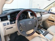 LEXUS LX 570 FOR SALE, LOOKS NEW !