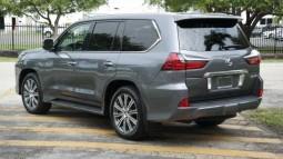 For Sale Few Month Used 2016 Lexus LX 570 Gulf Spec with low KM