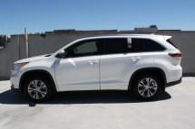 selling my fairly used Toyota Highlander 2014