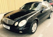 MERCEDES BENz E 200...MODEL 2006 4 CYLINDER ..ONLY AT AED:25000