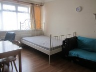 Lovely One Bedroom First Floor Flat in Dollis Hill Brent i