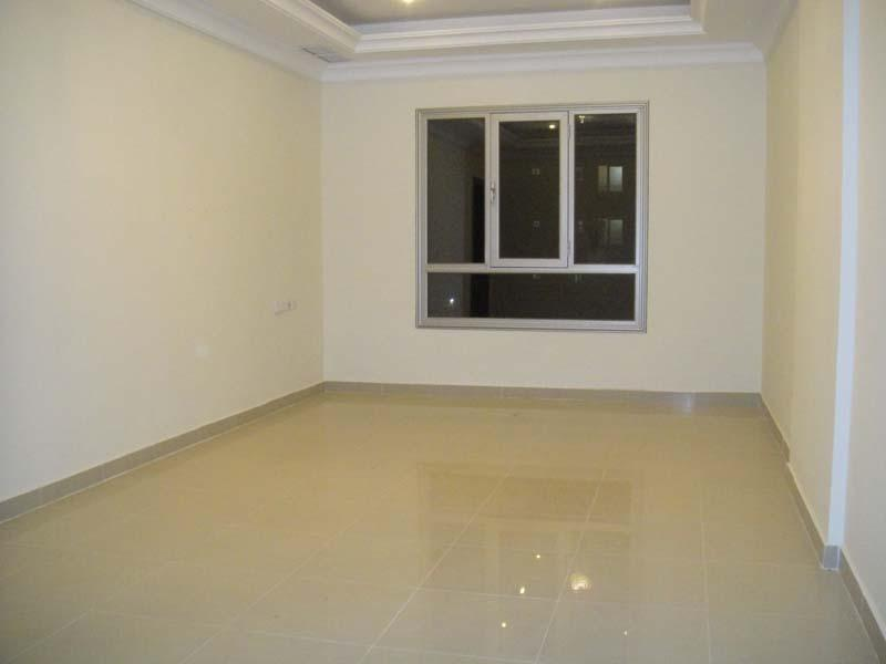 Room for rent in salmiya with separate bathroom - Apartment